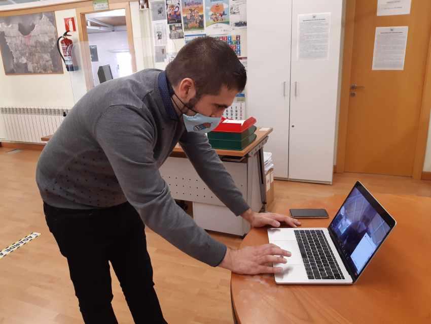 Nova APP Web para as videocenferencias das asociacións de Bueu