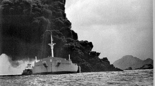 El naufragio y desastre del petrolero Polycomander: Negros recuerdos