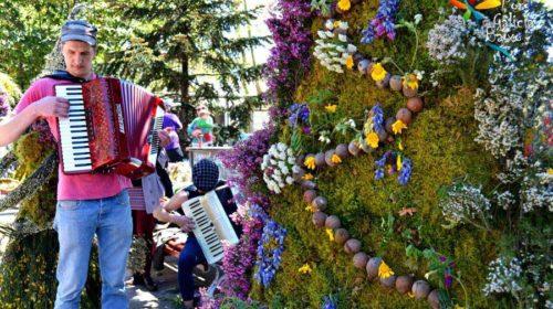 En un día de Mayos, Ourense
