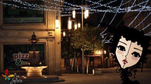 Noche en la Plaza Curros Enríquez en Pontevedra