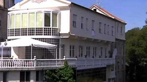 Balneario de Baños de Molgas, funcionado desde 1873