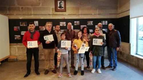 La Asociación Veciñal da Banda do Río entregó los premios de la andaina fotográfica. Bueu
