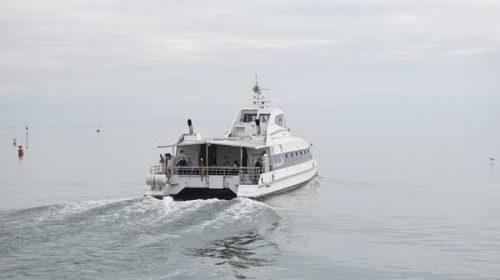 Os cruceiros costeiros nas Rías Baixas captaron 1.400 pasaxeiros na primeira temporada